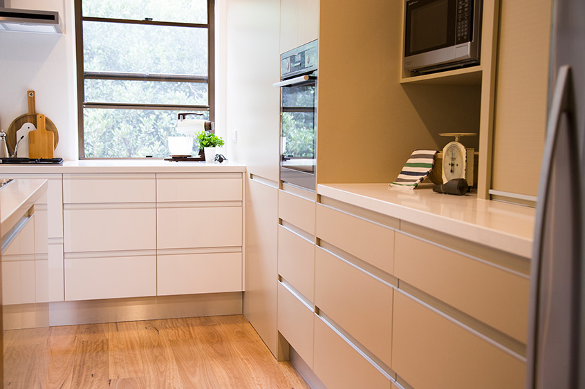 Kitchens viva cabinets for Kitchen cabinets brisbane